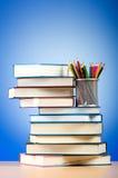 Zurück zu Schulekonzept mit Büchern Stockfotografie