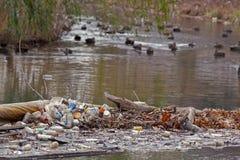 Zurückführbarer Abfall Stockbild