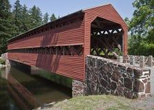Zurückgestellte Zivilc$krieg-ära Abdeckung-Brücke lizenzfreie stockfotos