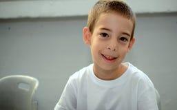 Zurück zu Schule: ein Erstsortierer am ersten Tag der Schule Stockfotos