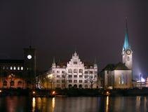Zurich en la noche Fotos de archivo