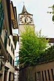 Zurich gammal stadgata Schweiz Arkivfoton