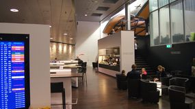 ZURICH, SUISSE - 31 mars 2015 : Vue du sénateur SUISSE Lounge dans le terminal A à l'aéroport de Zurich Flughafen Images stock