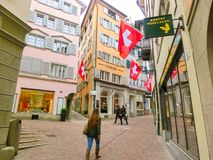 Zurich Szwajcaria, Maj, - 02, 2017: Centrum miasta Zurich, Szwajcaria Ludzie na tle Zdjęcie Stock