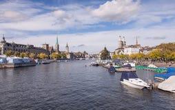 Zurique, o rio de Limmat Fotos de Stock Royalty Free