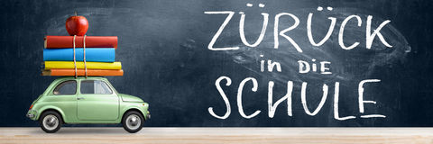 Zuruck die Schule car. Stock Images