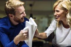 Zusammenarbeit führt zu Erfolg Stockbild