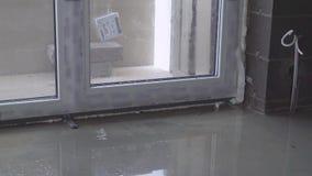 zusammenbruch Bodenheizung ein Haus darunter Rohrkräuselung stock video footage