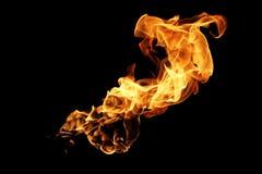 Zusammenfassung unscharfe Feuerflammen lokalisiert auf Schwarzem Lizenzfreie Stockfotografie