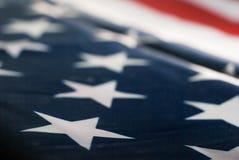 Zusammenfassung unscharfer Hintergrund der amerikanischen Flagge, Lizenzfreies Stockbild