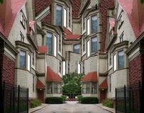 Zusammenfassungs-verdrehtes Haus Stockfoto