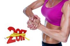 zusammengesetztes Bild 3D des weiblichen Bodybuilders zusammen aufwerfend mit den Händen Lizenzfreie Stockfotos
