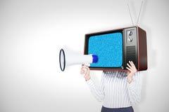 Zusammengesetztes Bild der Geschäftsfrau mit dem Kasten, der ein Megaphon obenliegend und gehalten worden sein würden Lizenzfreie Stockfotos