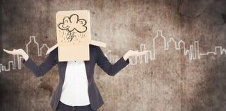Zusammengesetztes Bild der Geschäftsfrau mit dem Kasten obenliegend Lizenzfreie Stockfotos