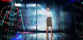 Zusammengesetztes Bild der Geschäftsfrau mit den Armen gekreuzt Stockbilder