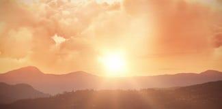 Zusammengesetztes Bild der szenischen Ansicht der braunen Sturmwolke Lizenzfreie Stockfotografie
