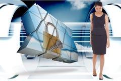 Zusammengesetztes Bild des asiatischen Geschäftsfraugehens Stockbilder