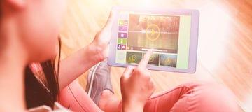 Zusammengesetztes Bild des Bildes der verschiedenen Video- und Computerikonen Stockfoto