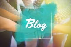 Zusammengesetztes Bild des Blogtextes gegen weißen Hintergrund Stockfoto