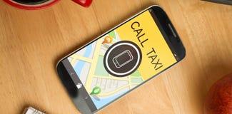 Zusammengesetztes Bild des digital erzeugten Bildes des Handys mit Text und Karte Stockfotos