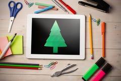 Zusammengesetztes Bild des digital erzeugten Bildes des Weihnachtsbaums Stockfotografie