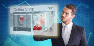 Zusammengesetztes Bild des durchdachten Geschäftsmannes etwas mit seinem Finger zeigend lizenzfreies stockbild