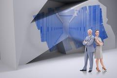 Zusammengesetztes Bild des ernsten Geschäftsmannes stehend zurück zu Rückseite mit einer Frau Stockfoto