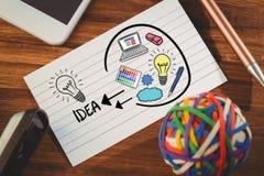 Zusammengesetztes Bild des zusammengesetzten Bildes der Glühlampe mit Computerikonen Lizenzfreie Stockfotos
