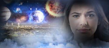 Zusammengesetztes Bild des zusammengesetzten Bildes des Sonnensystems gegen weißen Hintergrund Stockbilder