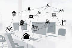 Zusammengesetztes Bild Digital von verschiedenen Ikonen im Büro Stockfotografie