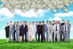 Zusammengesetztes Bild von den Geschäftsleuten, die oben stehen Stockfotos