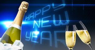 Zusammengesetztes Bild von den klirrenden Champagnergläsern Stockbilder
