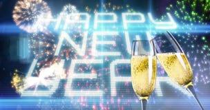 Zusammengesetztes Bild von den klirrenden Champagnergläsern Stockfoto