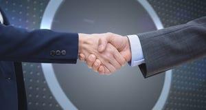 Zusammengesetztes Bild von den Unternehmern, die Hände rütteln Stockbild