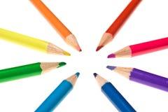 Zusammenlaufende farbige Bleistifte Lizenzfreies Stockfoto