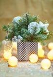 Zusammensetzung der Weihnachtsdekorationen Stockbilder