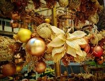 Zusammensetzung der Weihnachtsdekorationen Lizenzfreie Stockfotografie
