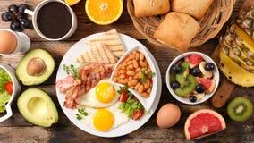 Zusammensetzung des englischen Frühstücks lizenzfreies stockfoto