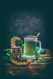 Zusammensetzung für St- Patrick` s Tag Stockfotos