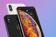 Zusammensetzung mit 3 Apple-iPhone XS intelligente Telefonen, für Modelle