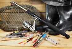 Zusammensetzung mit verschiedenen Fischereiausrüstungen Lizenzfreies Stockbild