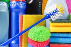 Zusammenstellung der Mittel für Reinigung Stockfotos