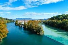 Zusammenstoßende Flüsse in Genf Stockfoto