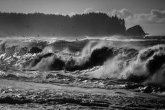 Zusammenstoßende Welle Stockbilder
