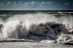 Zusammenstoßende Welle Lizenzfreies Stockfoto