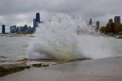 Zusammenstoßende Wellen IV Lizenzfreie Stockbilder