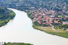 Zusammenströmen der Flüsse Aragvi und Kura Lizenzfreies Stockbild