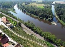 Zusammenströmen von Flüssen Elbe und Vltava lizenzfreies stockbild