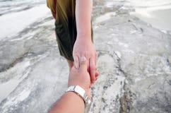 Zusters die handen houden Royalty-vrije Stock Foto
