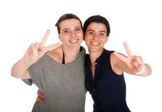 Zusters die overwinningsteken tonen Stock Fotografie